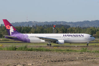 800px-hawaiian_airlines_boeing_767-300er